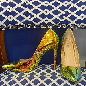 Liliana gold iridescent mermaid pointy pumps heels